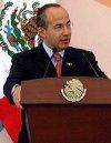 Anuncia Calderón 12 medidas de simplificación administrativa