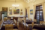 Exitoso Restaurante Argentino en San Miguel